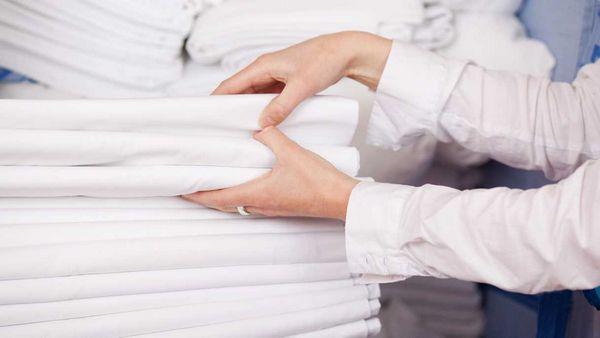 Как отбеливать белые вещи?