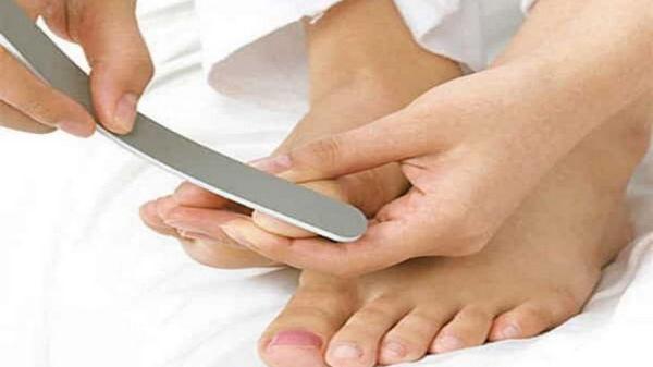 Правильный педикюр в домашних условиях — 6 простых шагов
