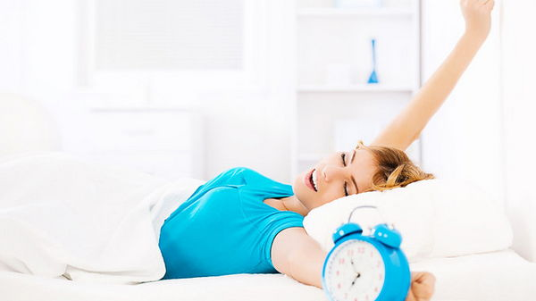 Как правильно спать, чтобы не болели суставы?