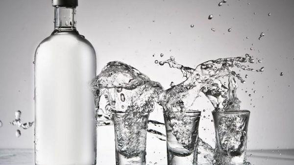 Водка и 13 способов её необычного применения