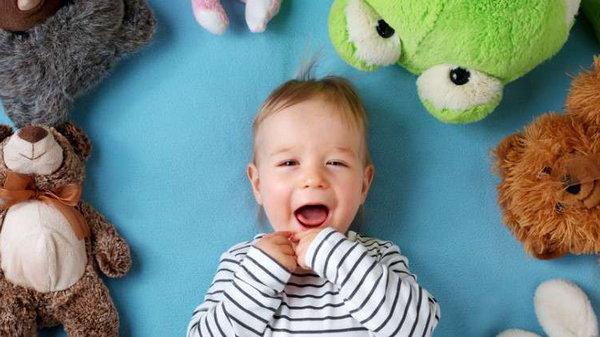 Чистим мягкие игрушки без химии: 3 важных совета для заботливой мамы
