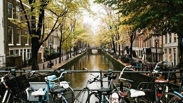 Почему стоит побывать в Амстердаме хотя бы раз в жизни?