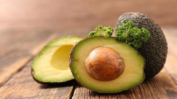 Перестань выбрасывать косточки авокадо