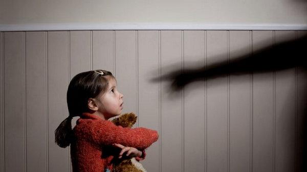 Как ведут себя люди, которые в детстве были подвергнуты насилию