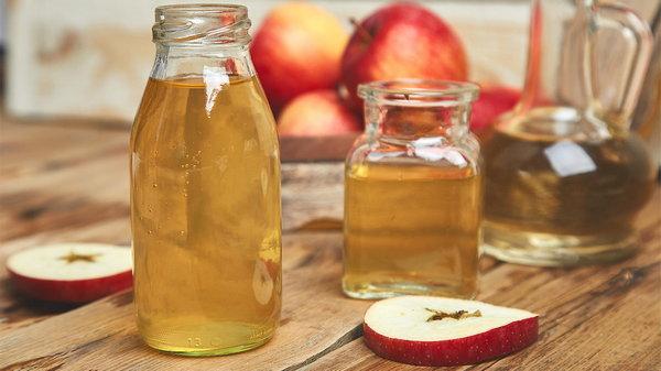 Выпиваю за завтраком воду с яблочным уксусом