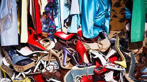 7 вещей, которые стоит поскорее выбросить из шкафа