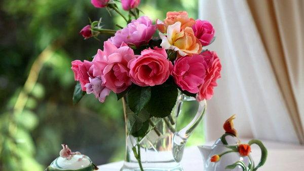 Как надолго сохранить цветы в вазе свежими