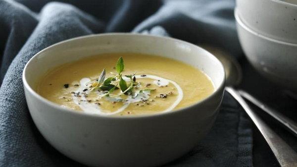 Суп-пюре из репы с нутом