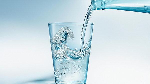 Минеральная вода для кожи лица