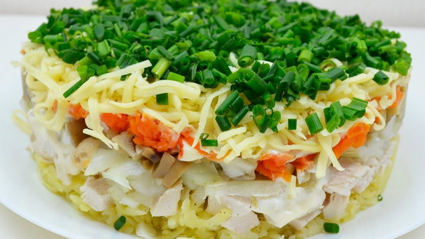 Классический салат Русская красавица