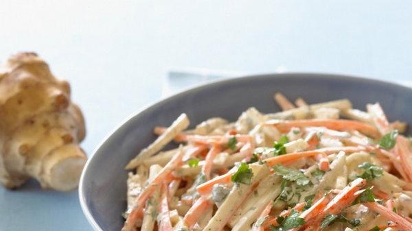 Классический салат из топинамбура