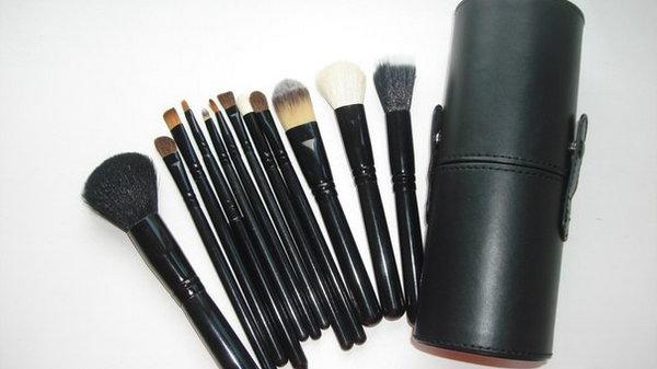 Кисти для макияжа: ежедневный набор кисточек