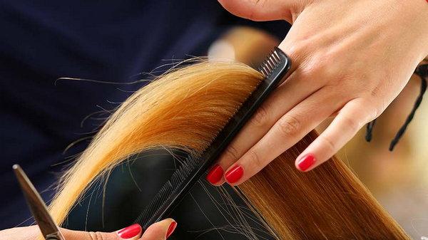 Секущиеся кончики волос можно не срезать