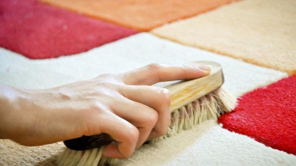Чистка ковровых изделий в домашних условиях
