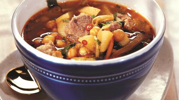 Суп с горохом нут и бараниной