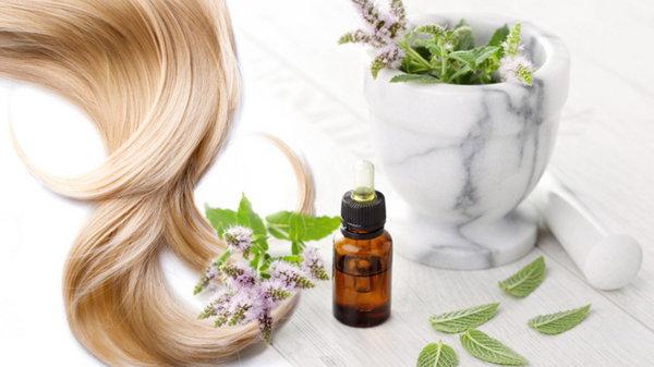 Уход за волосами с эфирным маслом лаванды
