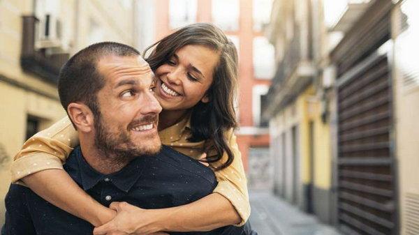 Формула любви: фразы, которые стоит каждый день говорить своему мужчине
