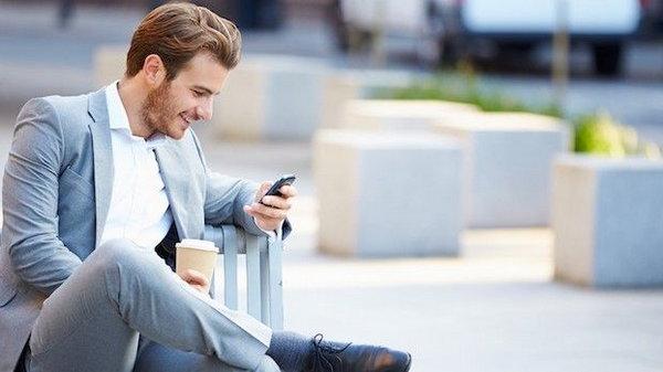 6 признаков, что кто-то намерен увести вашего мужчину