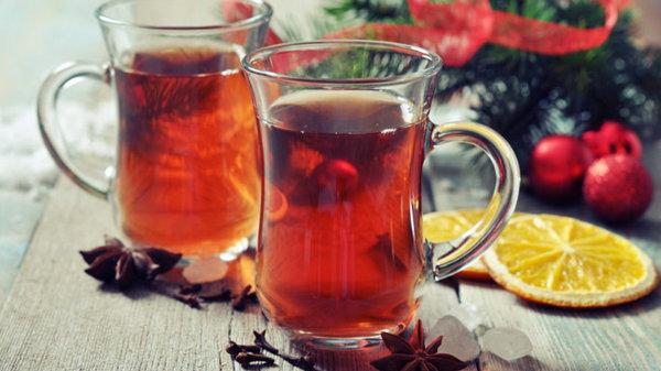 Рецепт согревающего имбирного чая с клюквой