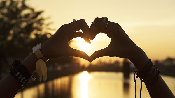 Любить — не значит позволять ему плохо с тобой обращаться
