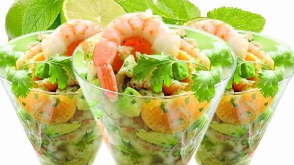 Салат-коктейль из креветок – блюдо для гурманов (рецепт)