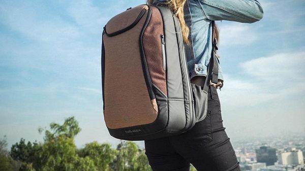 Почему рюкзак лучше сумки