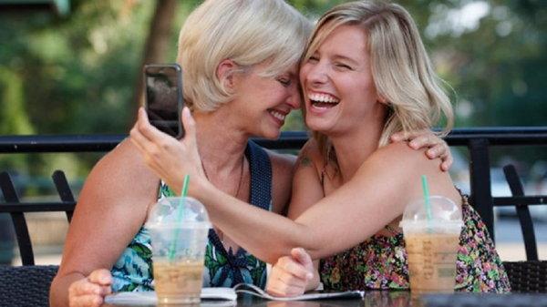 Почему девочкам важно иметь хорошие отношения с мамой