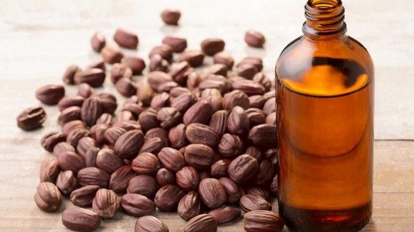 Натуральные масла, которые спасут вашу кожу