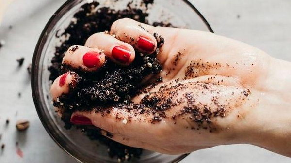 Рецепты домашнего скраба для тела и их польза