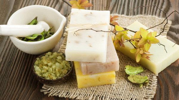 Выбриваем мыло для лица