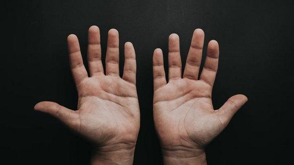 Что пальцы рук могут рассказать о мужчине