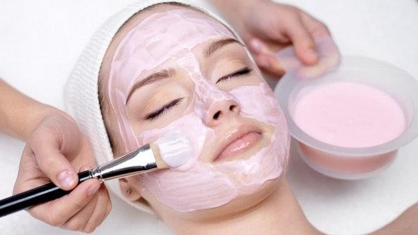 Выбираем профессиональную уходовую косметику для лица и тела