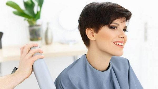 Какие стрижки предпочитают занятые женщины