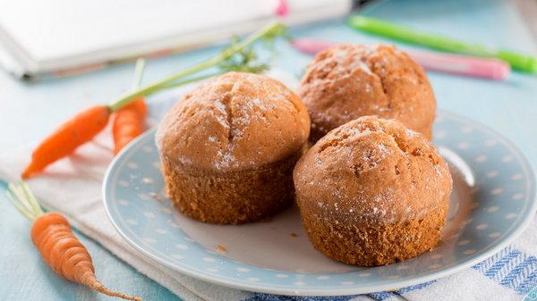 Рецепт вкусных морковных кексов к чаю с орехами и сухофруктами