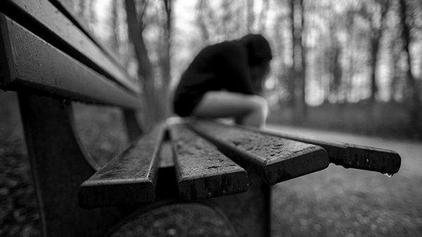 Люди в депрессии хуже реагируют на критику