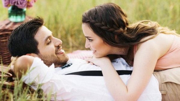 Как понять, что мужчина влюблен и не скрывает этого?