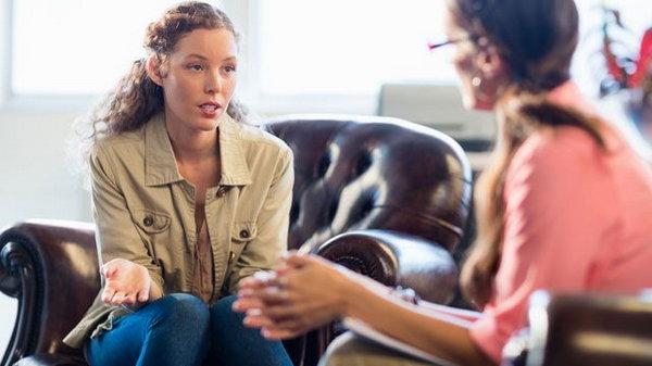 10 признаков того, что вам пора к психотерапевту