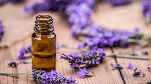 Названы пять ароматов, лучше всего влияющих на психику