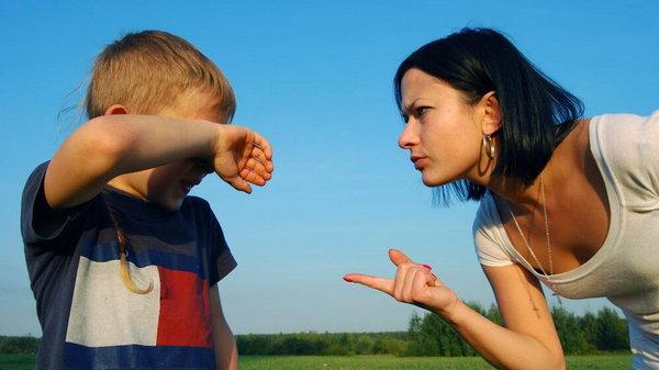 Причины по которым дети ненавидят родителей