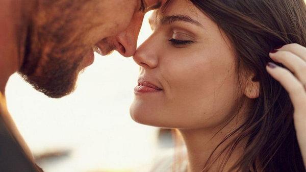 Стоит ли говорить мужчине о своих чувствах