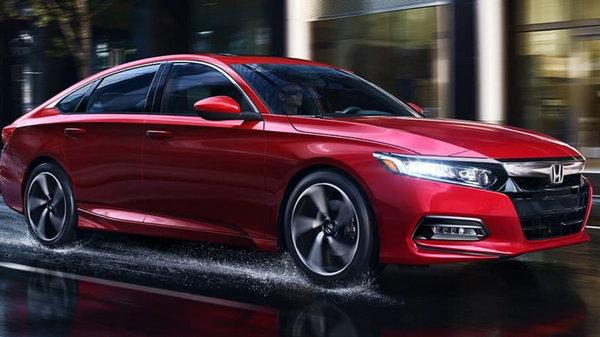 ТОП-6 лучших автомобилей 2019 года: от Tesla до Toyota