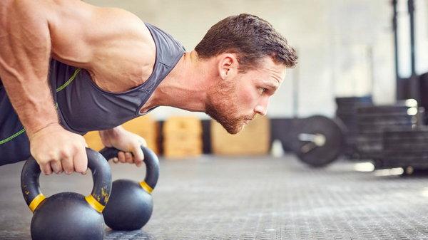 Универсальная тренировка. Комплекс упражнений на все случаи жизни