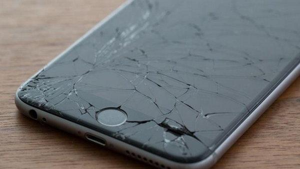 Как выманивают деньги за «разбитые» смартфоны