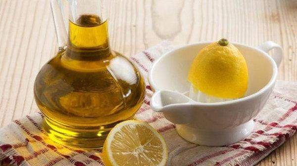 Оливковое масло и лимон и печень как новая