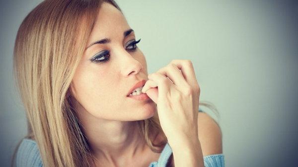 Опасные привычки закомплексованных взрослых