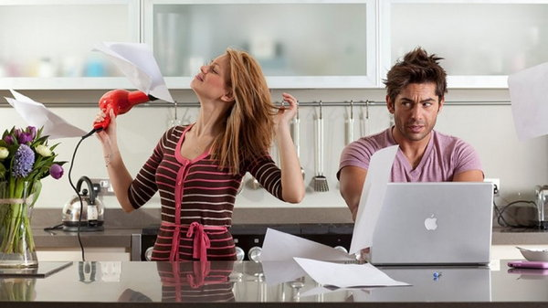 Раздражающие привычки, которые бесят каждого человека