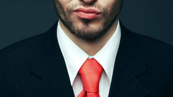 5 фраз, которые помогут обезоружить нарцисса