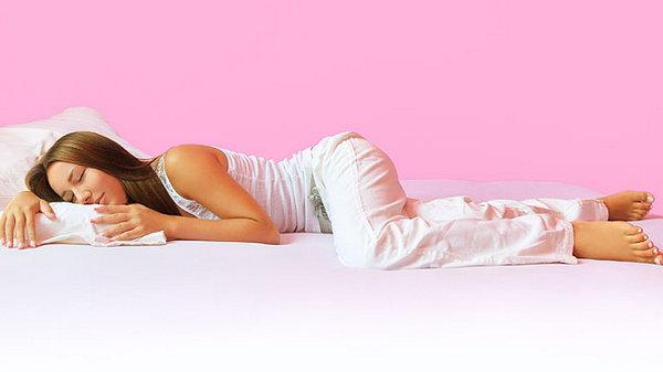 Ночная психология: что о человеке может рассказать поза, в которой он спит