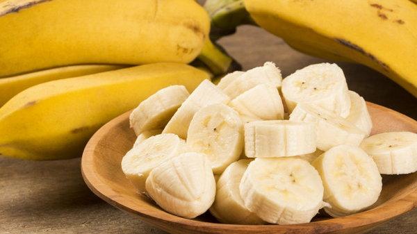 Не только вкусно, но и полезно: 7 причин включить бананы в рацион