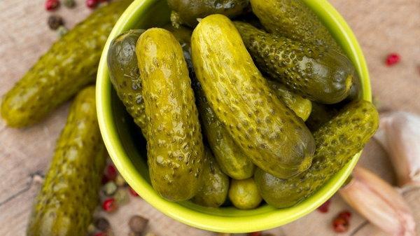 Вкусные соленые огурцы по традиционному рецепту